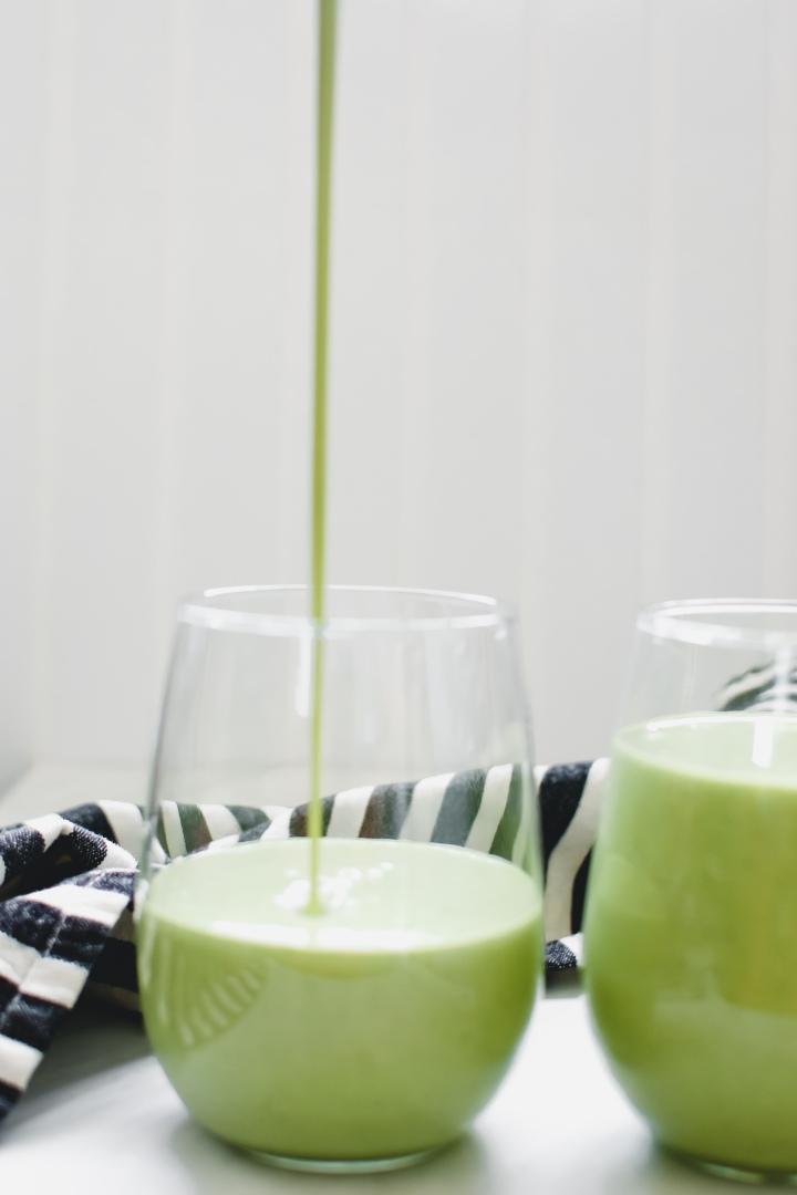 Spinach & MangoSmoothie