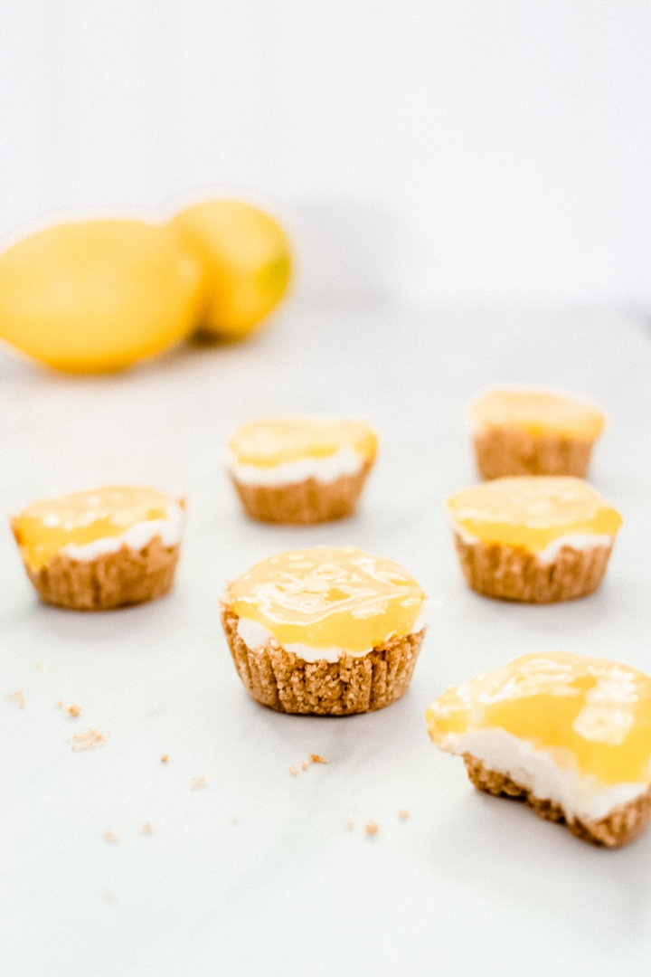 No-Bake Mini Lemon Cheesecake Cups